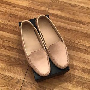 Ladies Cole Haan Cary Venetian Loafers Size 10 B